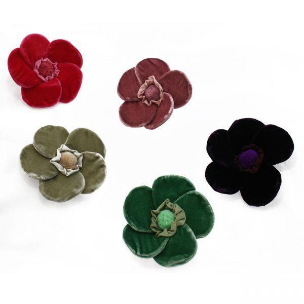 5-petaled velvet flower brooches