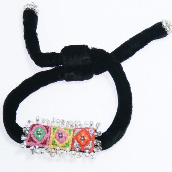 Velvet-Hmong-Bracelet-Simple