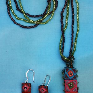 Hmong-Pendant-Necklace-with-Earrings