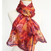 Silk-scarf-with-cats-in-warm-golds